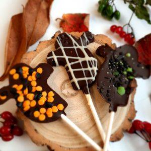 Small Halloween Chocolate Lollies